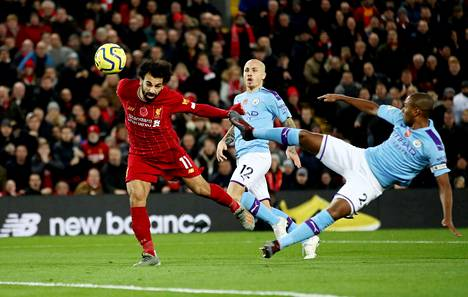 Mo Salah puski Liverpoolille toisen maalin.