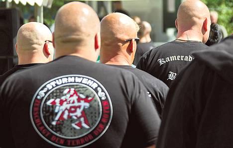 Tuhatkunta äärioikeistolaista Saksasta ja muualta Euroopasta osallistui NPD:n järjestämään festivaaliin Berliinissä viime kesänä.
