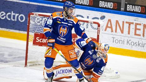 Tappara on nousukiidossa. Michal Moravcik maalin edustalla liigapelissä Hakametsässä helmikuun alussa.
