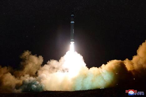 Pohjois-Korea testasi mannertenvälistä ballistista ohjusta viime marraskuussa.
