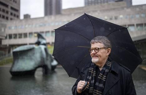 Matti Raekallio on toiminut 13 vuotta pianomusiikin professorina maailman ehkä arvostetuimpaan musiikkiyliopistossa New Yorkin Juilliard Schoolissa.