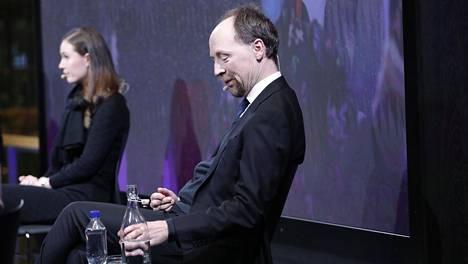 Pääministeri Sanna Marin (sd) ja perussuomalaisten puheenjohtaja Jussi Halla-aho kuvattiin Ilta-Sanomien kuntavaalitentissä tammikuussa.
