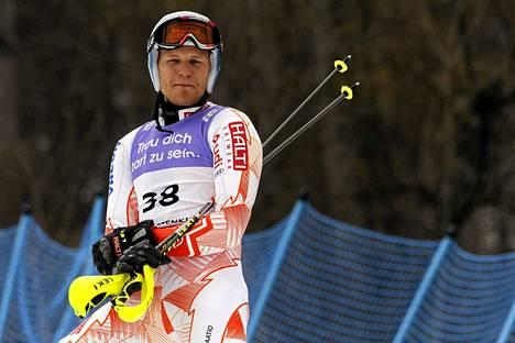 Kalle Palander ei pidä Kansainvälisen hiihtoliiton suksiuudistuksesta.
