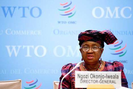 WTO:n pääsihteeri Ngozi Okonjo-Iweala tiedotustilaisuudessa keskiviikkona.