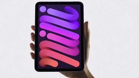 Vuoden 2021 Ipad Mini muistuttaa ulkomuodoltaan viime vuonna julkistettua Ipad Airia pienemmässä koossa.