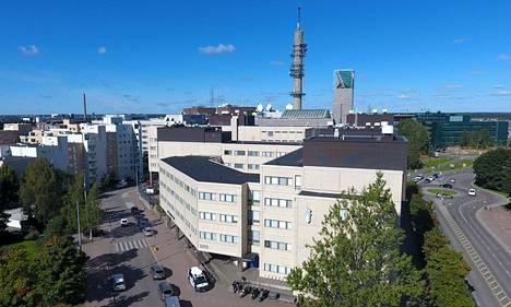 Oikeus istuu Pasilan poliisitalossa Helsingissä.