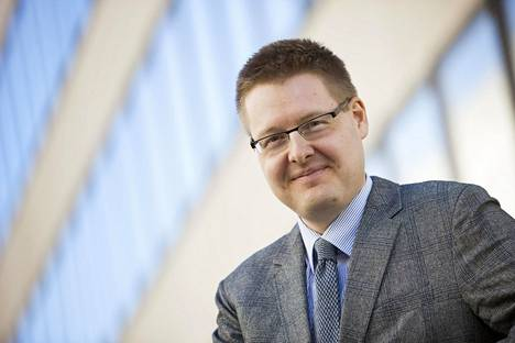 EK:n johtava ekonomisti Sami Pakarinen.
