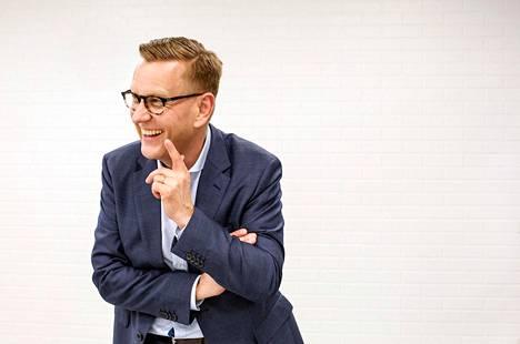Ylen uutis- ja ajankohtaistoimituksen vastaava päätoimittaja Atte Jääskeläinen johtaa Suomen suurinta toimitusta.