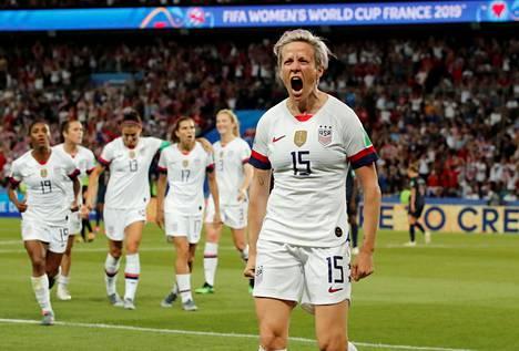 Megan Rapinoe laukoi Yhdysvaltojen molemmat maalit Ranskaa vastaan.