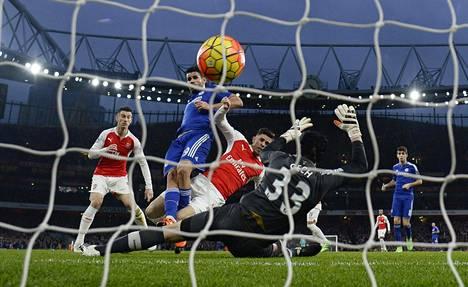 Chelsean Diego Costa teki Arsenalia vastaan ottelun ainoan maalin 23. minuutilla aivan entisen Chelsea-maalivahdin Petr Cechin edestä.