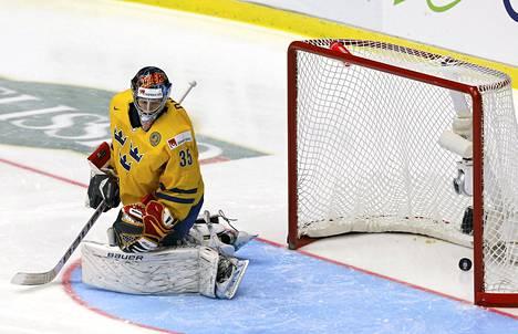 Esa Lindellin laukaus painui Ruotsin maaliin vain 28 sekunnin jälkeen.