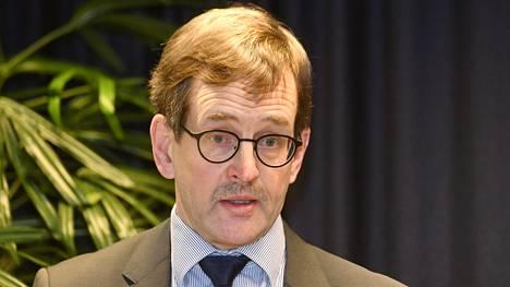 Elinkeinoelämän tutkimuslaitoksen toimitusjohtaja Vesa Vihriälä esitteli tiistaina järjestönsä toiveet tulevalle hallitukselle.