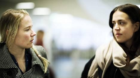 Taru Sjöberg ja Minja Paldanius ovat sosiaalialan opiskelijoita Metropoliassa.