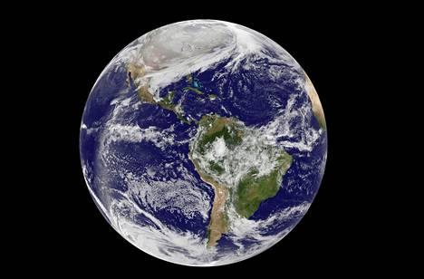 Maapallo on magneetti, ja magneetissa on aina kaksi napaa.