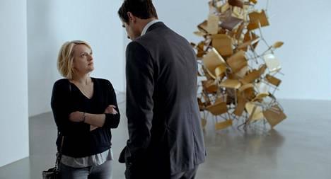 Elisabeth Moss ja Claes Bang elokuvassa The Square.