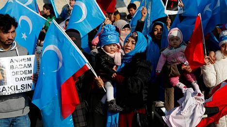 Uiguurien Kiinan-vastainen mielenosoitus Istanbulissa Turkissa joulukuussa.