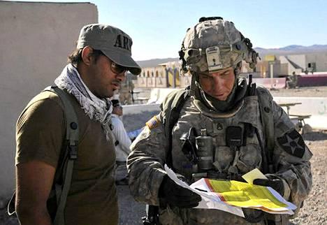 Yhdysvaltalaissotilas Robert Bales (oik.) on ollut syytettynä 16 siviilin murhaamisesta Afganistanissa viime vuonna.