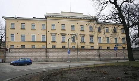 Vanhan klinikan päärakennus Unioninkadulta kuvattuna.