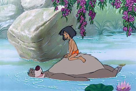 Disneyn klassikkoelokuvassa Baloo-karhu ottaa tehtäväkseen opettaa Mowglille, kuinka viidakossa selviydytään.