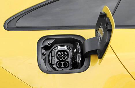 As an option, Mersu supports CCS fast charging.