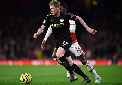 Manchester Cityn Kevin De Bruyne pelasi vahvan ottelun Arsenalia vastaan.