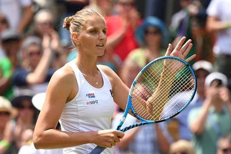 Tshekin Karolina Pliskova eteni keskiviikkona Wimbledonin kolmannelle kierrokselle.