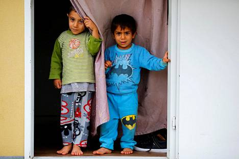 Syyrialaiset pakolaispojat Kilisin pakolaisleirillä Turkissa 2016.
