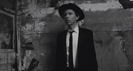 Beckin läpimurtohitti Loser ilmestyi 1994. Suomeen hän tulee 21 vuotta myöhemmin.