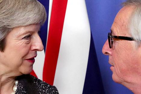 Britannian pääministeri Theresa May ja Euroopan komission puheenjohtaja Jean-Claude Juncker tapasivat Brysselissä joulukuussa.
