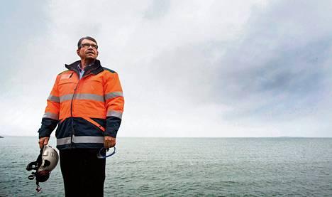 Lemminkäisen tunnelirakentamisen johtaja Risto Kupila arvioi, että tunnelin rakentaminen Suomenlahden ali maksaisi 6–8 miljardia euroa ja kestäisi 12 vuotta.