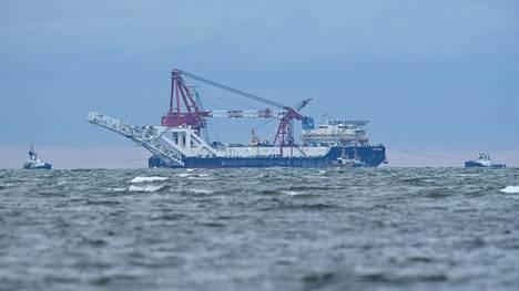 Kaasuputken laskuun osallistuva venäläisalus Fortuna kuvattiin tammikuussa Saksan aluevesillä.