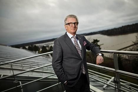 Rautaruukin entinen toimitusjohtaja Sakari Tamminen on venäläisen teräsyhtiön Severstalin hallituksessa.