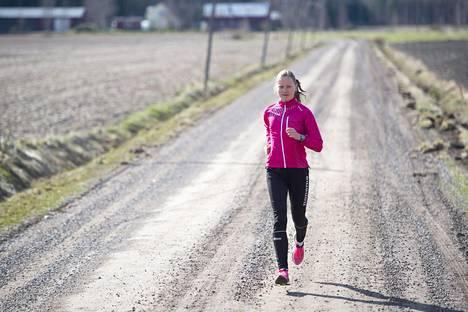 Johanna Matintalo on monilahjakkuus, kun hän on vahva hiihdossa ja yleisurheilussa.