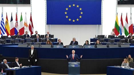 Euroopan parlamentissa on 751 paikkaa, joista 13 kuuluu Suomelle. Paikkajako muuttuu, jos Britannia eroaa EU:sta. Silloin paikkojen määrä vähenee 705:een ja Suomi saa 14. edustajan.