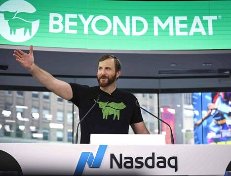 Kasvipohjaisia lihankorvikkeita valmistava Beyond Meat listautui Nasdaqin pörssiin toukokuun 2. päivänä 2019. Toimitusjohtaja Ethan Brown piti puheen ennen kun hän sai soittaa kelloa pörssin aukeamisen merkiksi. Yhtiön arvo yli kaksinkertaistui heti ensimmäisenä pörssipäivänä.