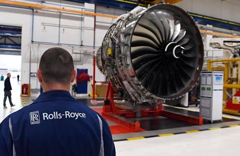 Rolls-Roycen epäillään käyttäneen lahjuksia edistääkseen ilmailubisneksiään kehittyvillä markkinoilla kuten Indonesiassa, Kiinassa ja Brasiliassa.