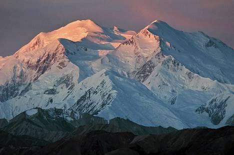 Yhdysvaltain korkein vuori Mount McKinley saa takaisin alkuperäisen nimensä Denali.
