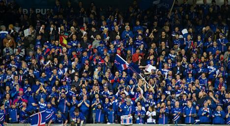 Islannin jalkapallofaneilla on ollut viime vuosina paljon aihetta juhlaan.
