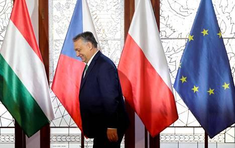 Unkarin pääministeri Viktor Orbán Unkarin, Puolan, Slovakian ja Tšekin johtajien yhteiskokouksessa Prahassa 4. maaliskuuta.