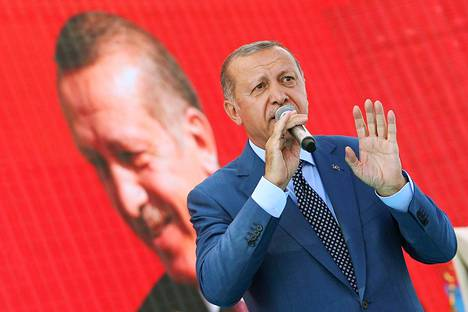 Turkin presidentin Recep Tayyip Erdoğanin harjoittama talouspolitiikka on yksi syy siihen, että maan talous horjuu.