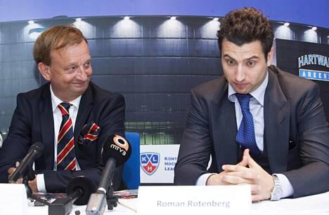 Harry Harkimo ja Jokerien toinen pääomistaja Roman Rotenberg vuonna 2013.