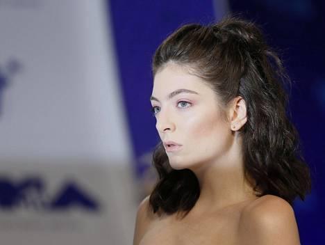 Lorde MTV Video Music Awards -gaalassa elokuussa.