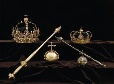 Strängnäsin tuomiokirkosta varastettuja kruununjalokiviä.