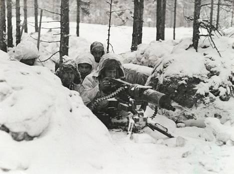 Suomalaisia sotilaita talvisodan aikana.