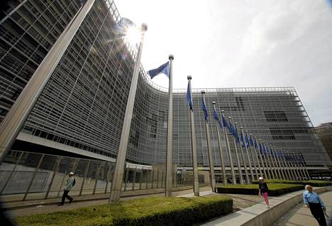 Suomi on HS:n tietojen mukaan ainoa maa, jolle EU-komissio aikoo antaa varoituksen