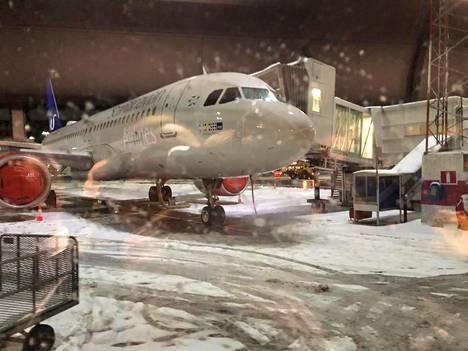 Useita lentoja peruuntui tai viivästyi keskiviikkona Arlandan kentällä Ruotsissa.