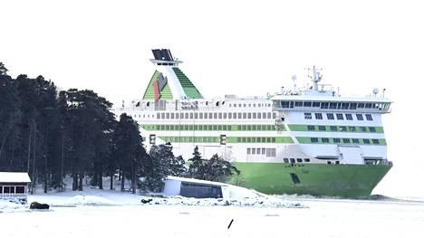 Tallink Star -alus saapuu Helsingin Länsisatamaan sunnuntaina 17. tammikuuta 2021.