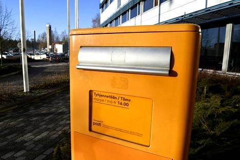 Postin keltainen laatikko Helsingissä 7. marraskuuta.