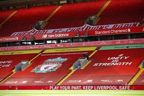 Viime lauantain kotiottelussa Burnleyä vastaan Liverpoolin kotistadionin Anfieldin tyhjään katsomoon oli levitetty jättilakana kertomaan siitä, että Liverpool palasi Valioliigan mestariksi. Liverpool varmisti tittelinsä jo kesäkuun lopulla seitsemän kierrosta ennen liigan päättymistä.