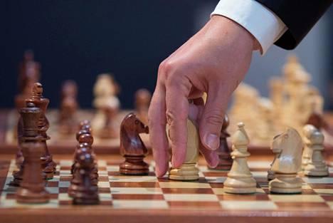 Šakin MM-turnauksessa nähtiin pienimuotoinen skandaali.